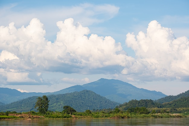 The sky has clouds and the mekong river.blue sky and cloud.white clouds.