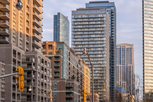 Архитектура и здания skyline в торонто канада