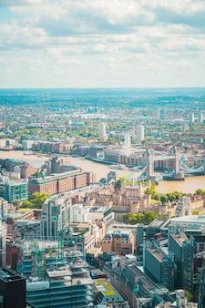 ロンドン市のスカイライン