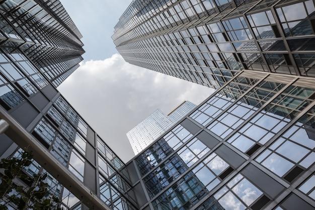 高層ビルやマンハッタンの建物。マンハッタンとニューヨーク市の建築