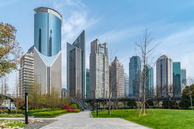 상하이 lujiazui 금융 지구에있는 고층 빌딩