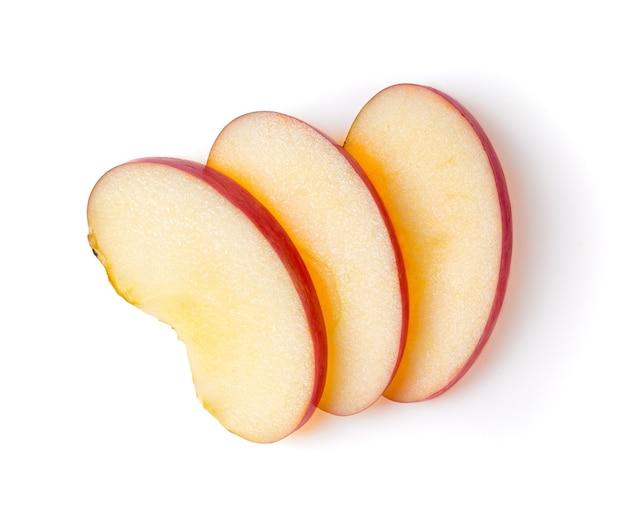 Нарезанное яблоко, изолированные на белом фоне