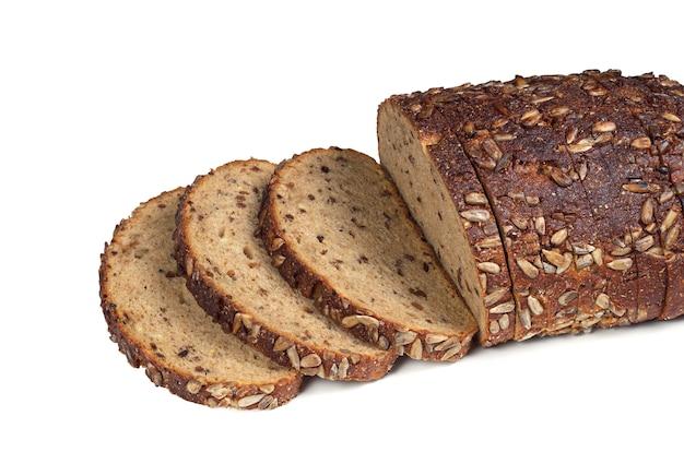 種とナッツのスライスされたパン