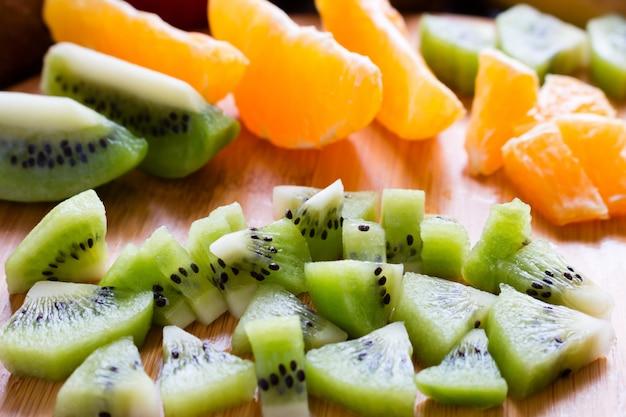 Sliced kiwi   orange slices closeup