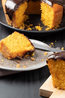 キャロットケーキのスライス、セレクティブフォーカス。