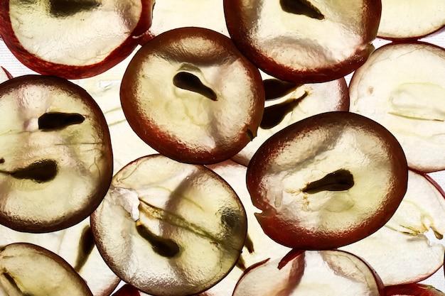 Ломтики винограда