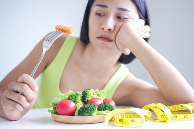 Slim women are bored of eating salad every day