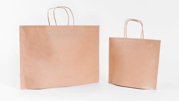 大小の紙の買い物袋