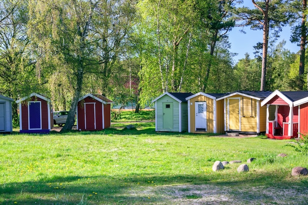 Skane, 스웨덴의 ystad 도시에있는 작은 비치 하우스