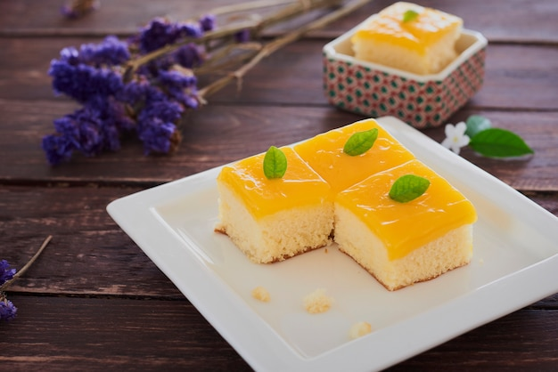 Small orange butter cake.