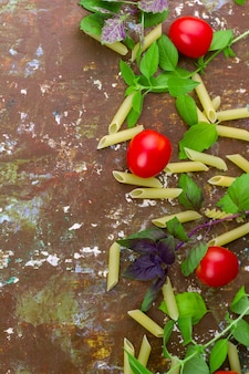 Small ripe tomatoes