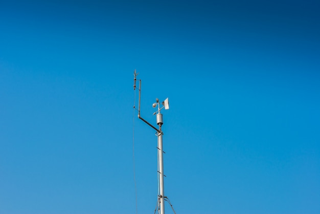 Small weather station keeping track of local conditions