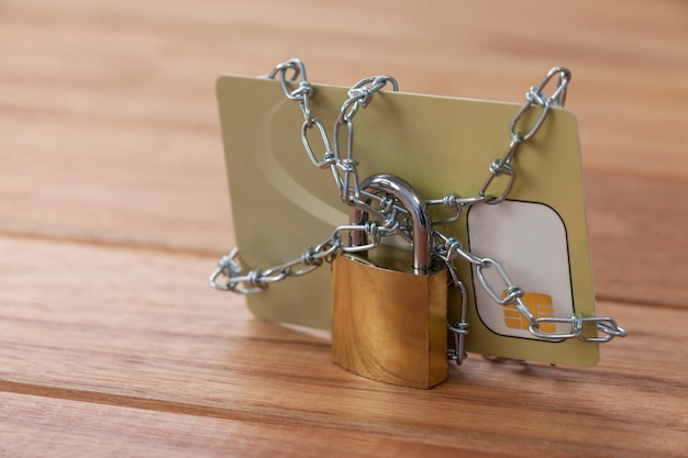 Smart card locked in chain