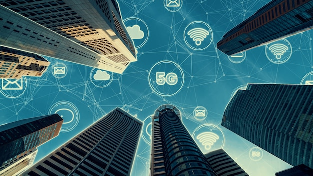 接続ネットワークを示すグローバリゼーションの抽象的なグラフィックを備えたスマートデジタル都市