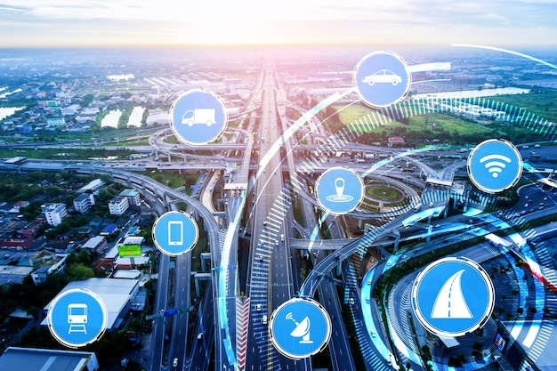 Концепция интеллектуальной транспортной технологии для будущего автомобильного движения по дорогам