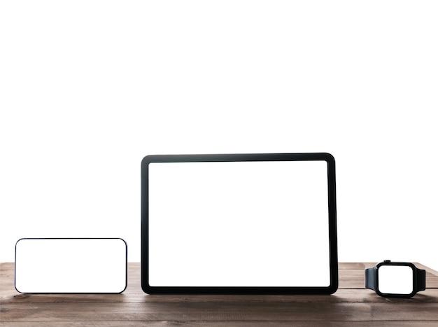 Смартфон, цифровой планшет и умные часы на изолированном фоне