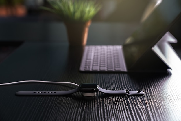 Smartwatch charging on wireless charger