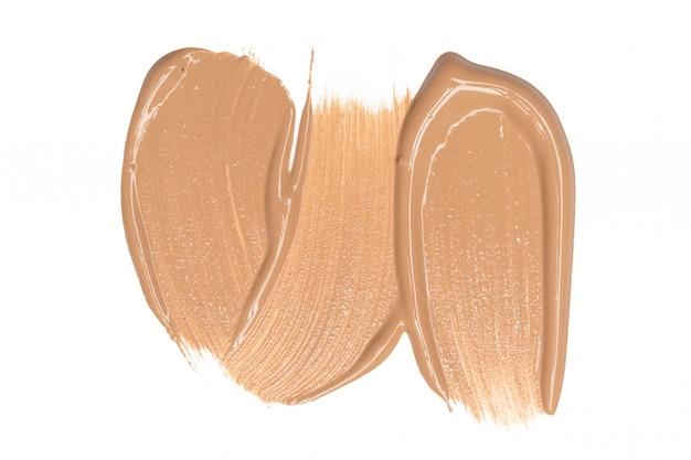 Smeared foundation natural make up