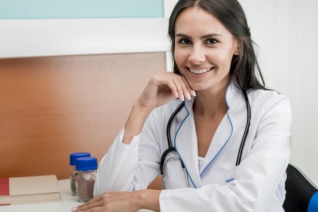 Smiling medic woman in hospital