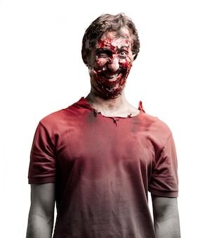 Sorridente zombie in piedi