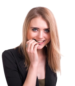 白い背景の上の笑顔の若い女の子