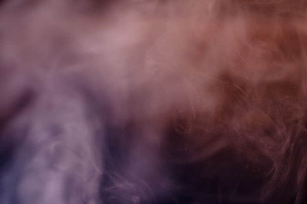 Smoke, wind around, irregular, filiform