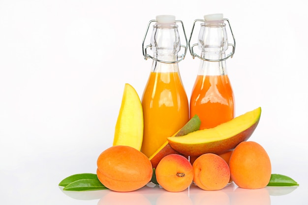 Smoothies of apricots and mangoes.