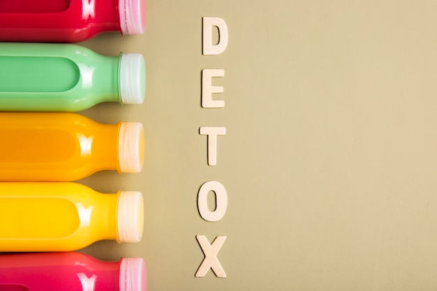 Smoothies and detox lettering with copy space
