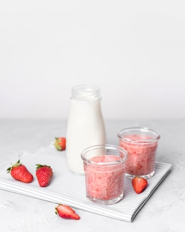 Smoothies with strawberries and milk
