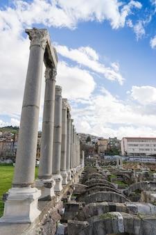 서머나 아고라 고대 도시. 터키 이즈미르. 서머나(smyrna)는 에게 해의 아나톨리아 해안에 있는 그리스 도시였습니다.