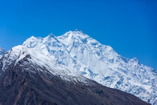 パキスタンの雪山のピーク