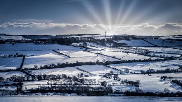 Gateshead, tyne and wear 근처의 눈 덮인 풍경