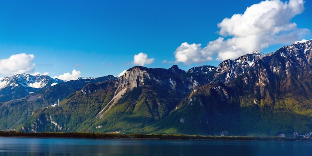 Snowy mountain matterhorn、ツェルマット、スイス