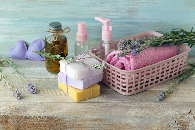 Мыло, цветы лаванды, спрей, ароматическое масло для ухода за телом, спа, натуральная косметика