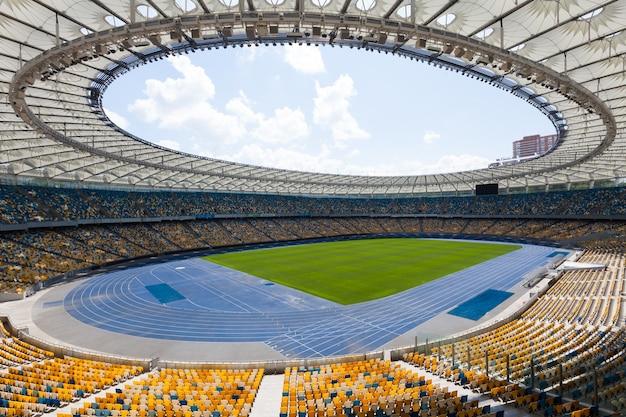 高い視点から見たサッカースタジアム