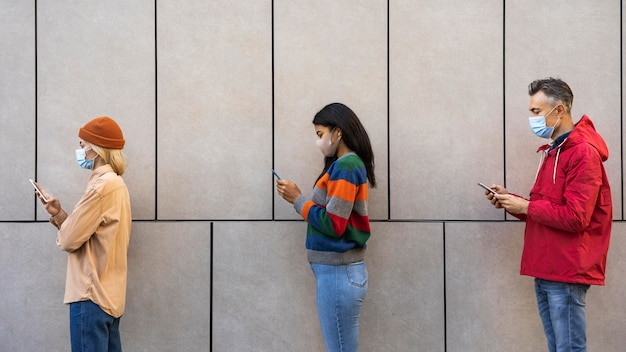 Concetto di distanza sociale all'aperto