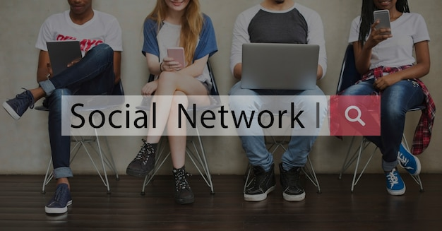 Social network connection communication icon
