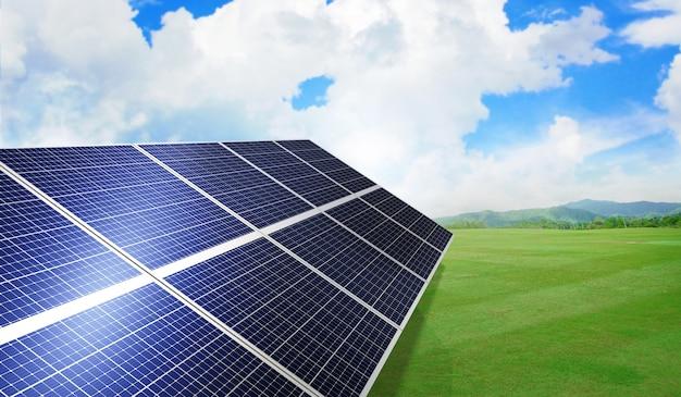 Солнечная панель на зеленых лугах с голубым небом. 3d рендеринг