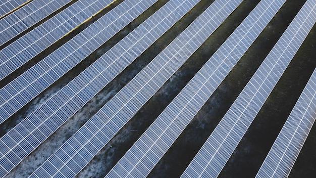 Солнечные панели фотоэлектрические альтернативные источники электроэнергии концепция устойчивых ресурсов