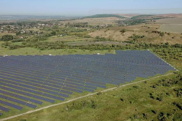 조감도에서 태양 전지 패널입니다. 조감도에서 posolar 패널. 청정 에너지를 생산하는 발전소 청정 에너지를 생산하는 wer 농장