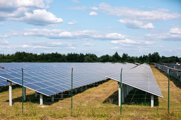 조감도에서 태양 전지 패널입니다. 태양에서 태양 전지 패널 시스템 발전기