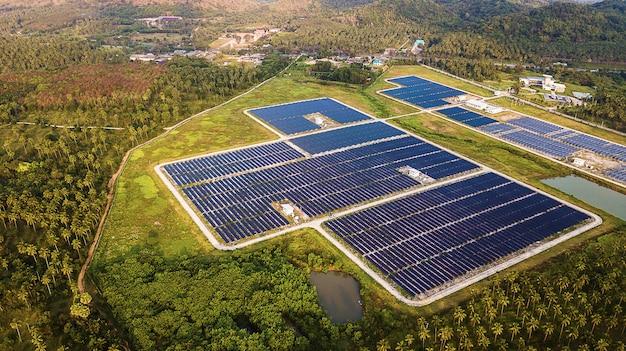 공중보기에 태양 전지 패널