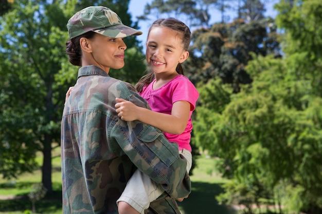 兵士と娘との再会