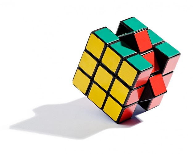 Solving the rubiks cube puzzle