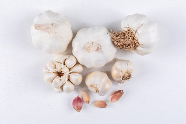 Some types of garlic, top view.