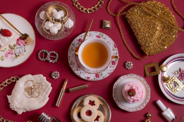 Sofisticato assortimento di tea party