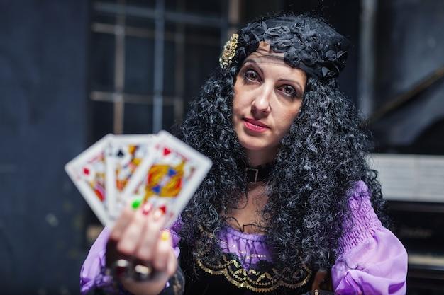 마법을 연습하는 동안 마법사