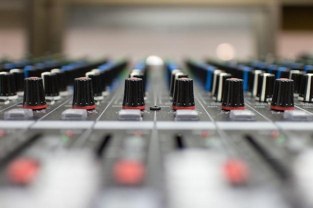 Sound engineer adjust