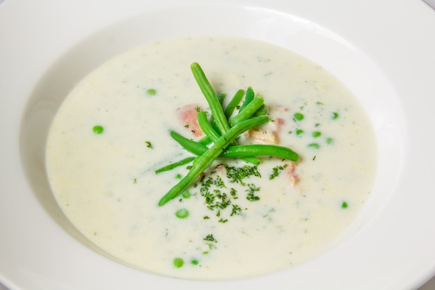 Soup of green peas