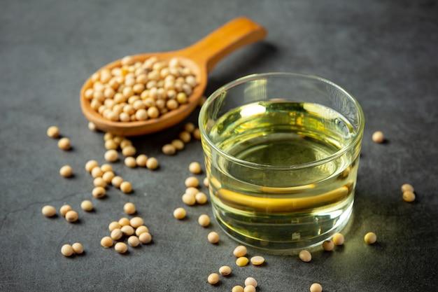 大豆油大豆食品および飲料製品食品栄養の概念。